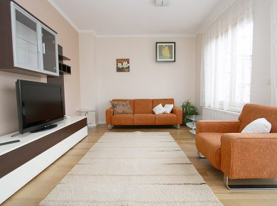 Furnished, modern, 3-bedroom penthouse (90m2) with a terrace and a garage