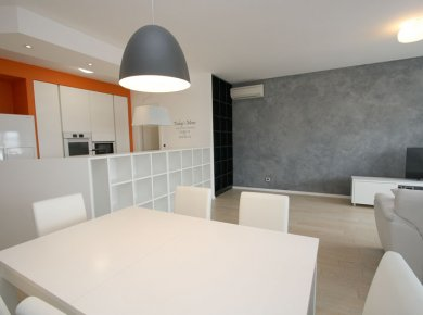 New, unused, un/furnished, 3-bedroom apt (100m2) with a terrace (80m2) and 2 parking spaces