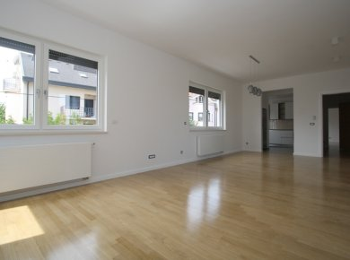 Un/furnished, brand new, 3-bedroom apt (120m2) with a garage and a terrace